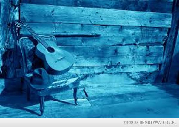 Są jeszcze jacyś fani bluesa? –