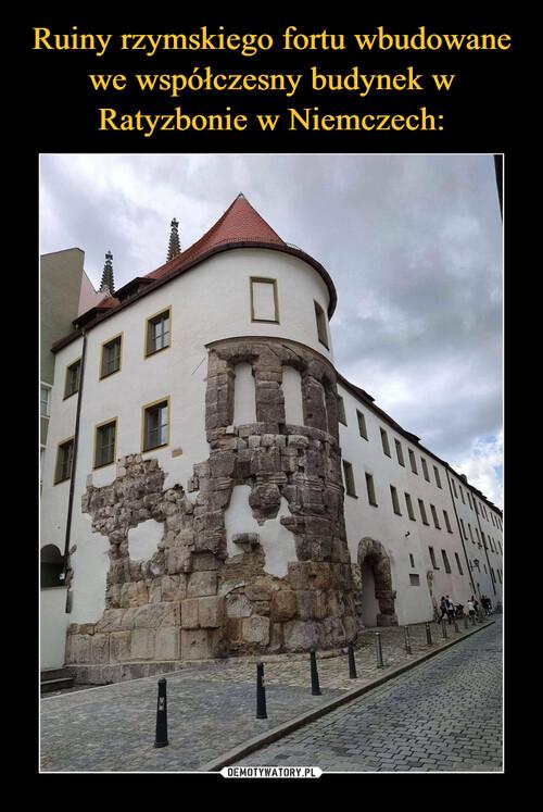 Ruiny rzymskiego fortu wbudowane we współczesny budynek w Ratyzbonie w Niemczech: